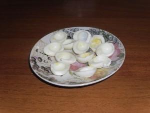perepelinye jajca bez zheltka