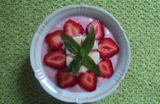 Летний десерт «Клубнички»