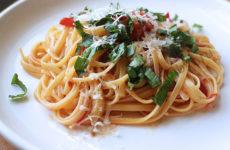Спагетти с соусом, для приготовления которого понадобится только одна кастрюля