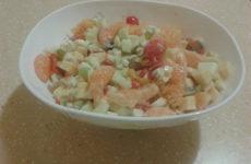 Салат с мандариновым привкусом