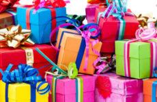 Что подарить родным на Новый год? Ответим!